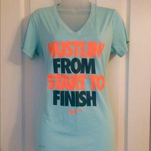 Nike Dri-Fit Hustling T-shirt